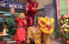 Múa lân Hà Nội