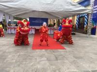 Múa lân khai trương ngân hàng Việt Á